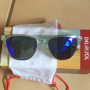 Del sol solize sunglasses- I've been everywhere.